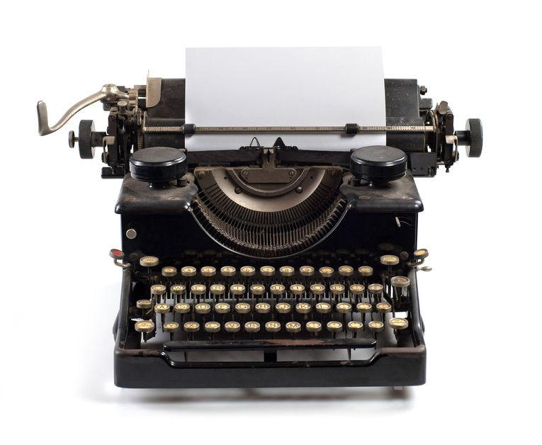 Picture of a typewriter